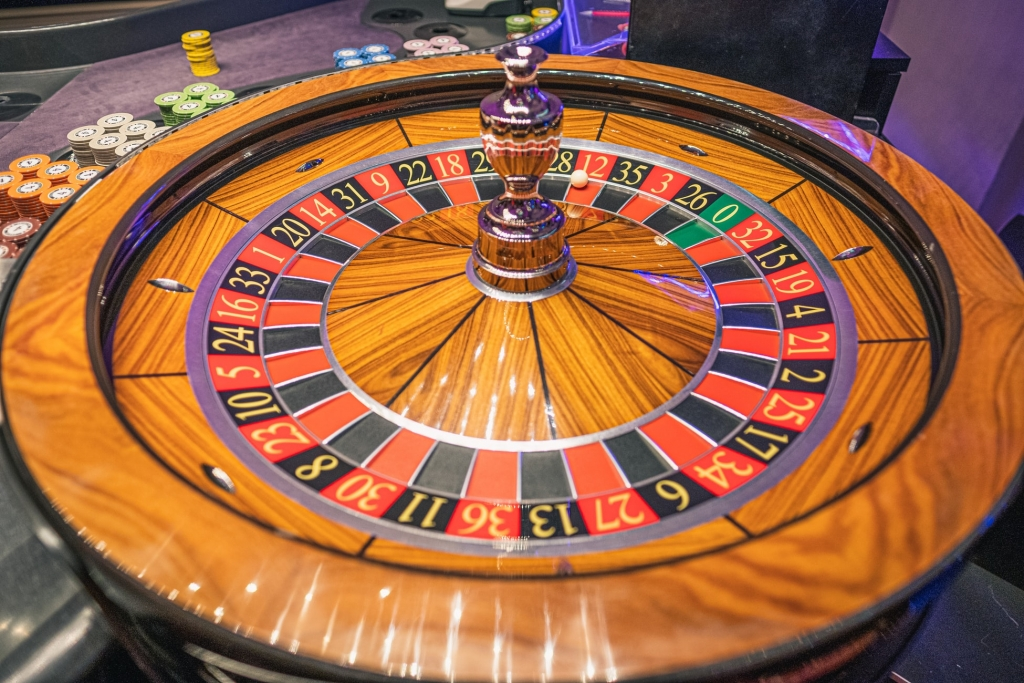 Gambar rolet kasino.